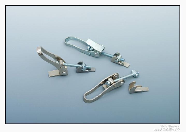 Šroubovací pákový uzávìr (s PÚ bílý zinek)